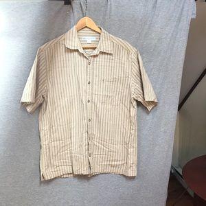 Men's short sleeve button up shirt